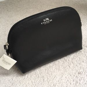 NWT Coach Leather Cosmetic/Makeup/Travel Case